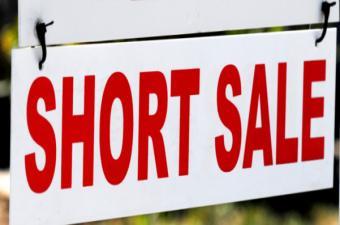 * Co to jest short sale i dlaczego warto sprzedawac dom short?